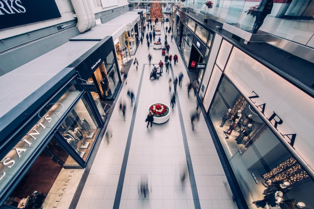 Há mais de 12 mil lojas vazias nos 522 shoppings do país ... ceab0f5900